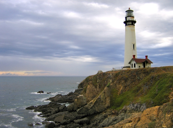 Pigeon_Point_Light_Station